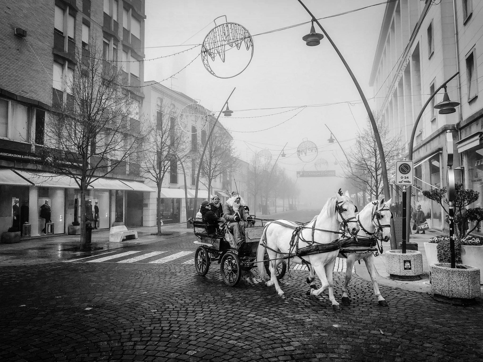 Christmas on Corso Del Popolo, once it was a river, now it is the main traffic road in the city. Rovigo, 2017