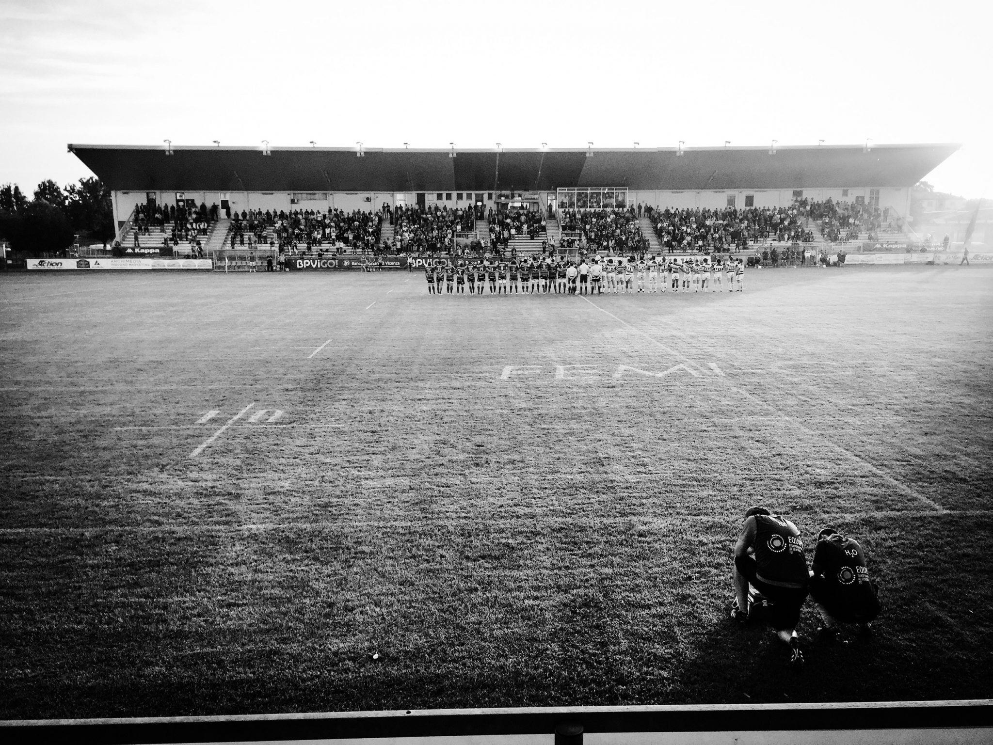 Before the Rugby Game everybody kneels down paying respect to the national anthem. Rugby is the closest thing to religion in Rovigo. Not even the national football team receives that much attention. Rovigo, 2016