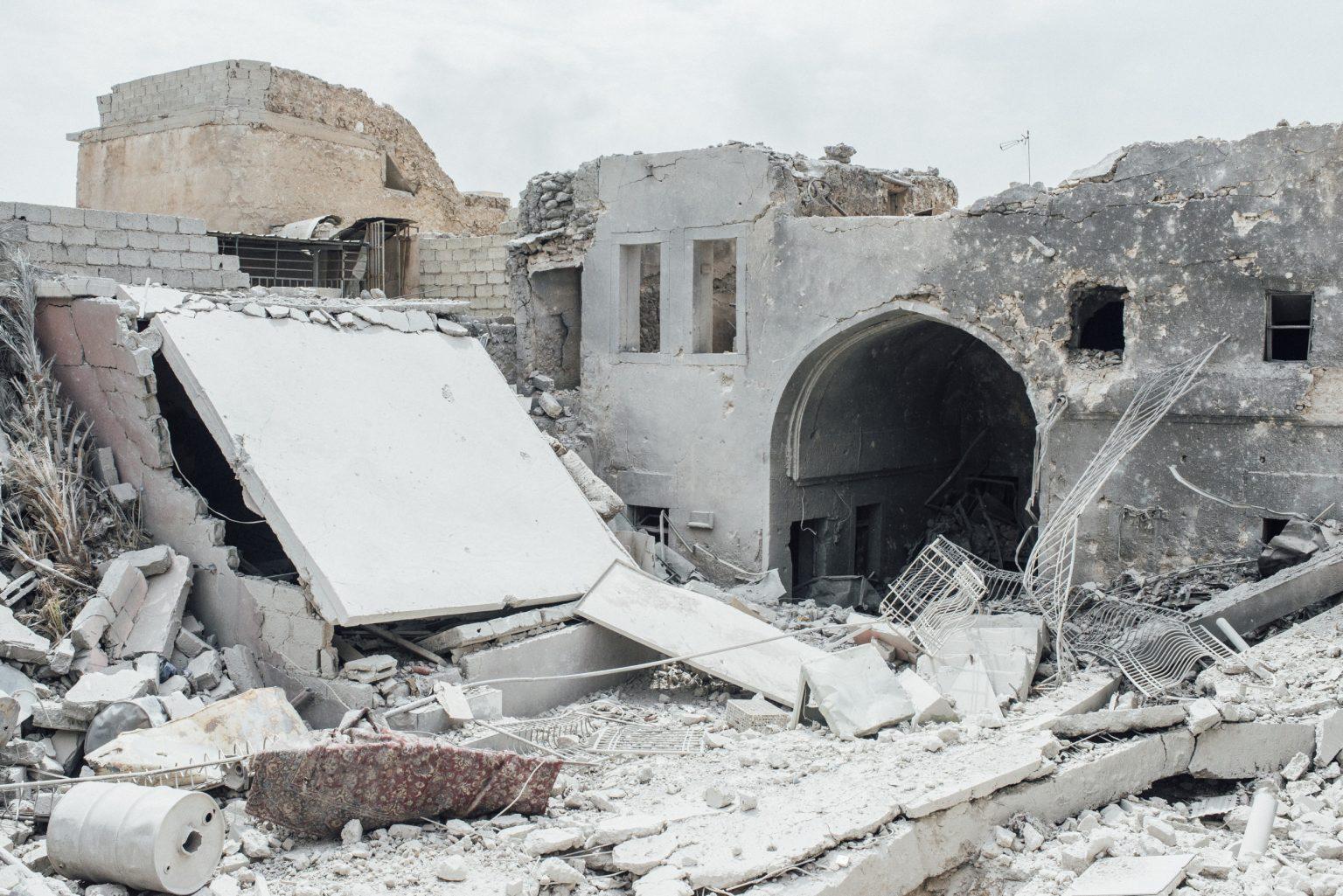 Destroyed building in the Old City of Mosul, Iraq, 2017  IRAQ. Mosul. Luglio 2017 - Edifici distrutti nella città vecchia di Mosul.