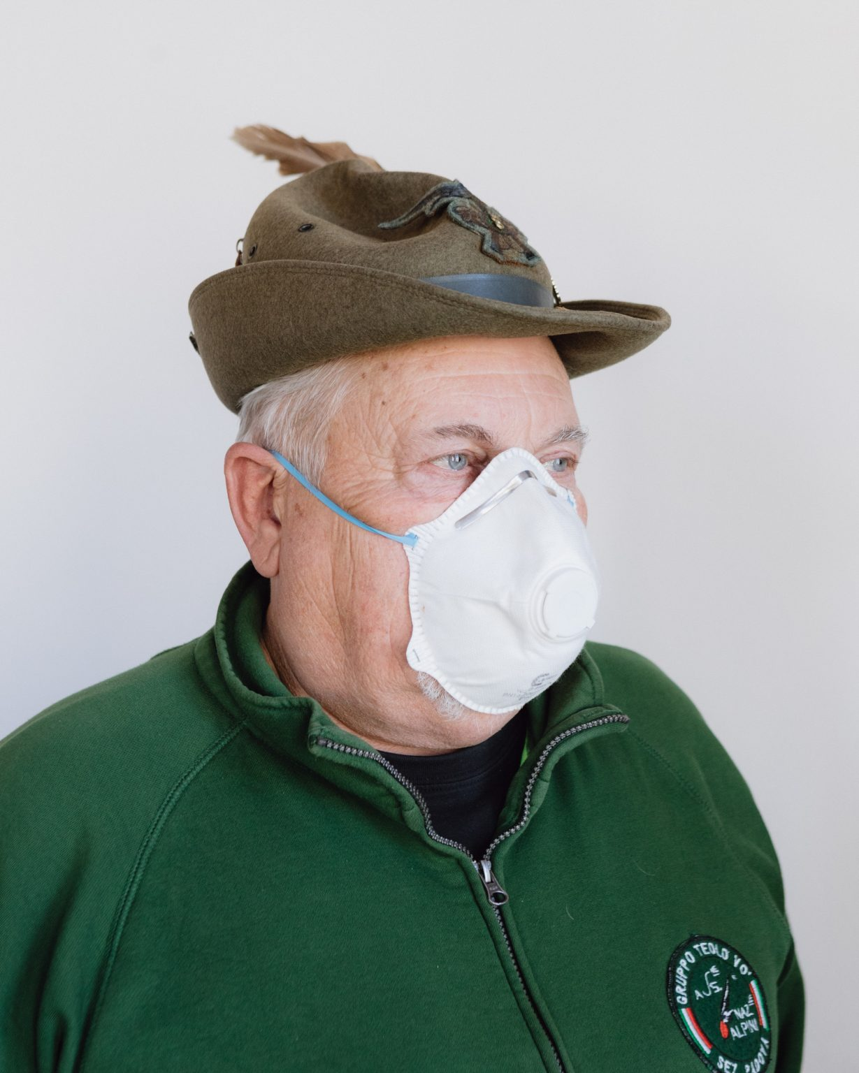 Alessandro, 63, alpine and retired, helps the district of Vo' in the masks distribution. Vo', Padua, Italy, 2020