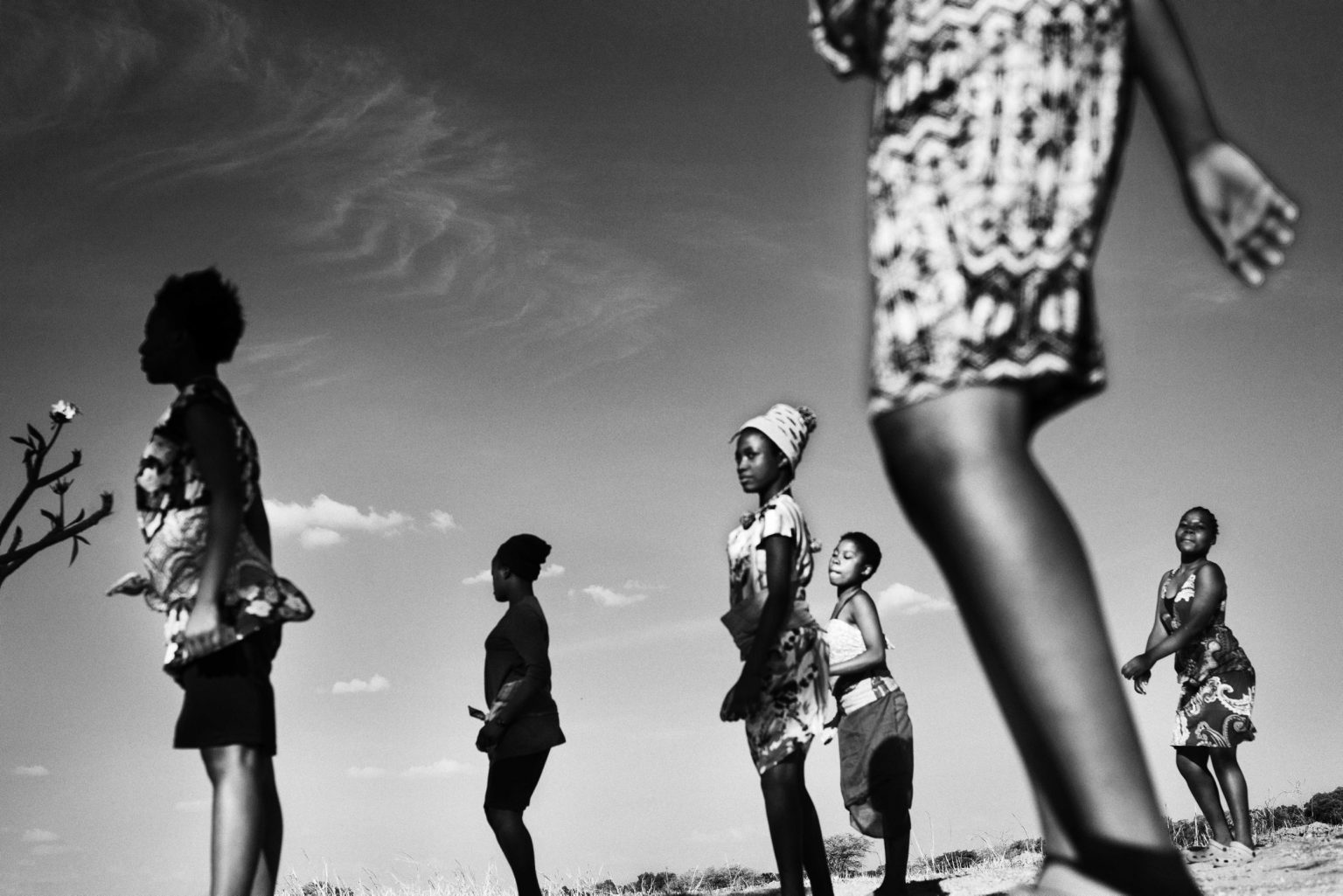 On Saturdays the girls from Loniedzani spend the whole day together playing, dancing and doing chores. Lusaka, Zambia, 2019