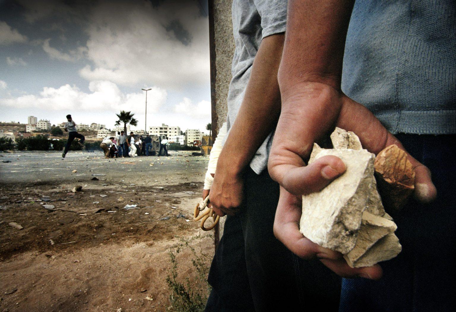 intifada-ramallah-west-bank-2000intifada-ramallah-cisgiordania-2000