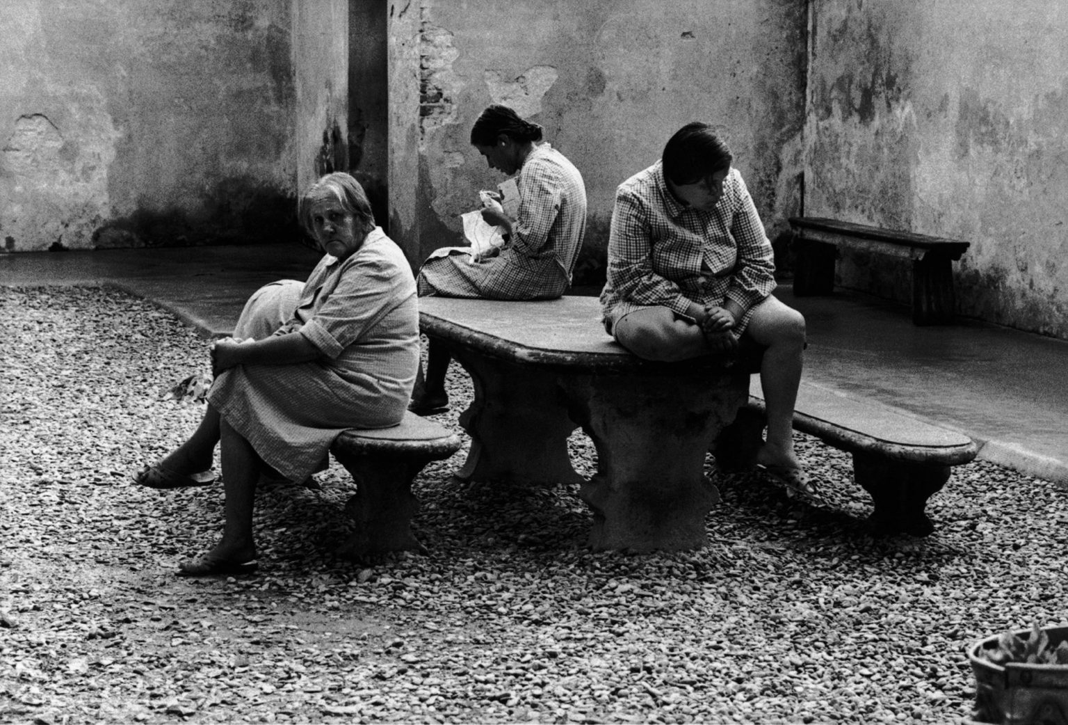 """Florence, 1968-1969 - Patients of the mental institution in the yard. ><  Firenze, 1968-1969 - Pazienti dell'istituto psichiatrico nel cortile.<p><span style=""""color: #ff0000""""><strong>*** SPECIAL   FEE   APPLIES ***</strong></span></p>"""