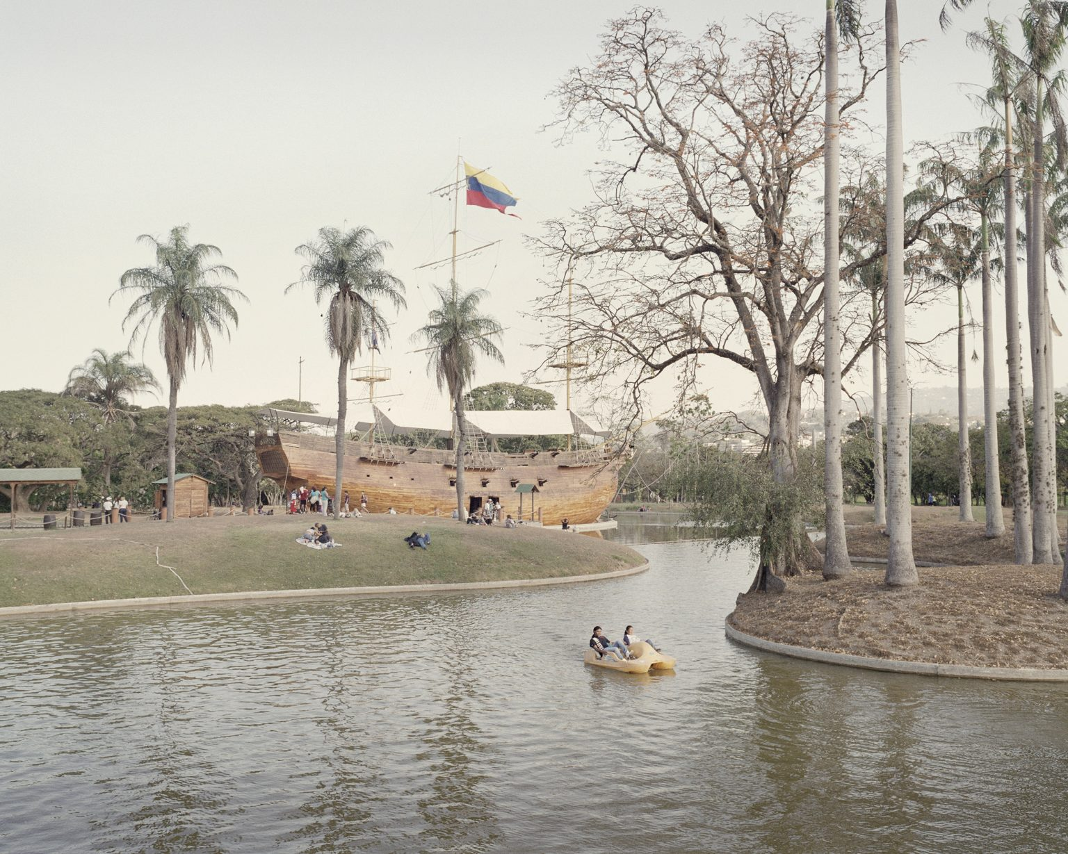A sunday afternoon in the East Park in Caracas.