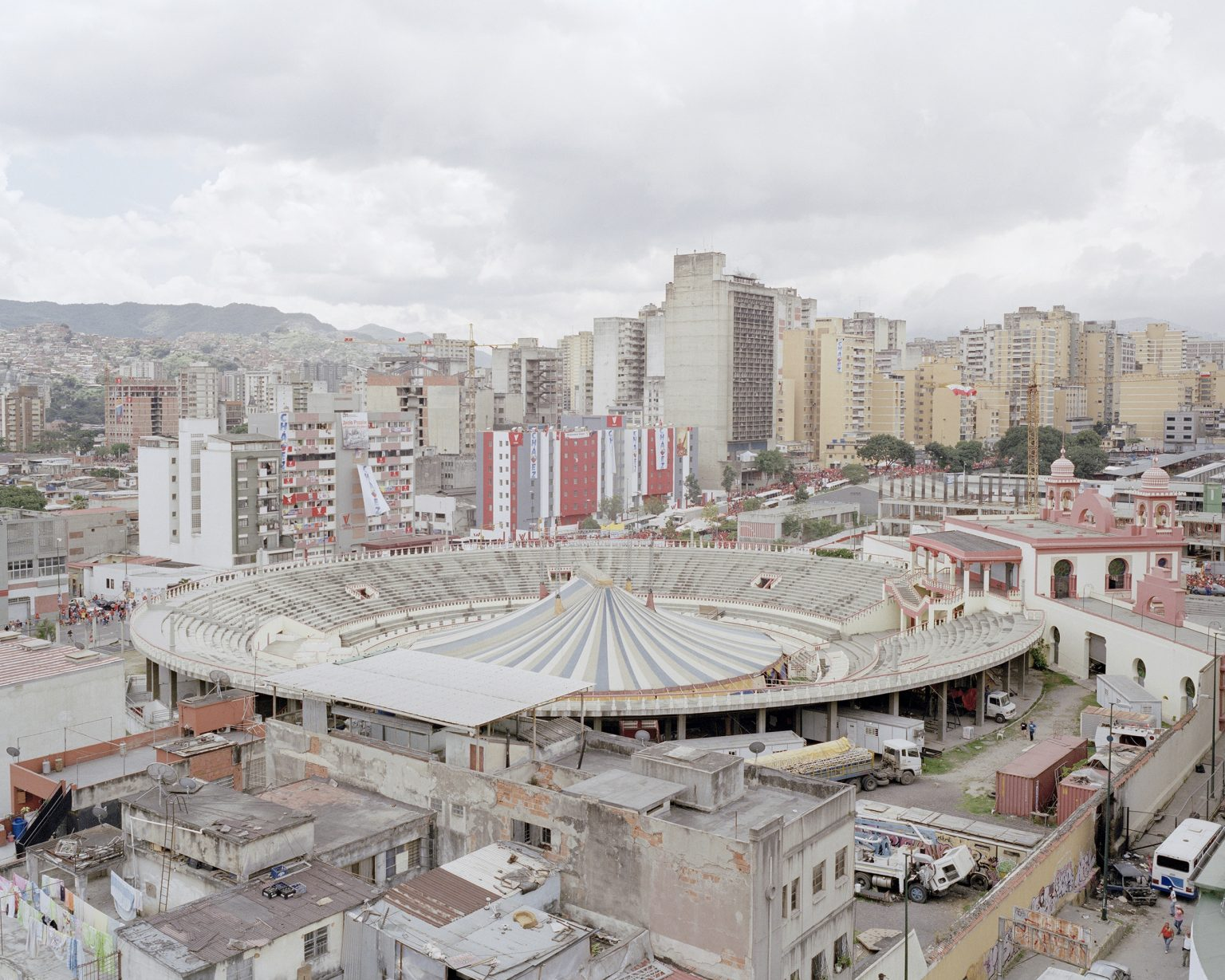 Nuevo Circo, a school of circus and street cultures biuld in the old bullfight arena.