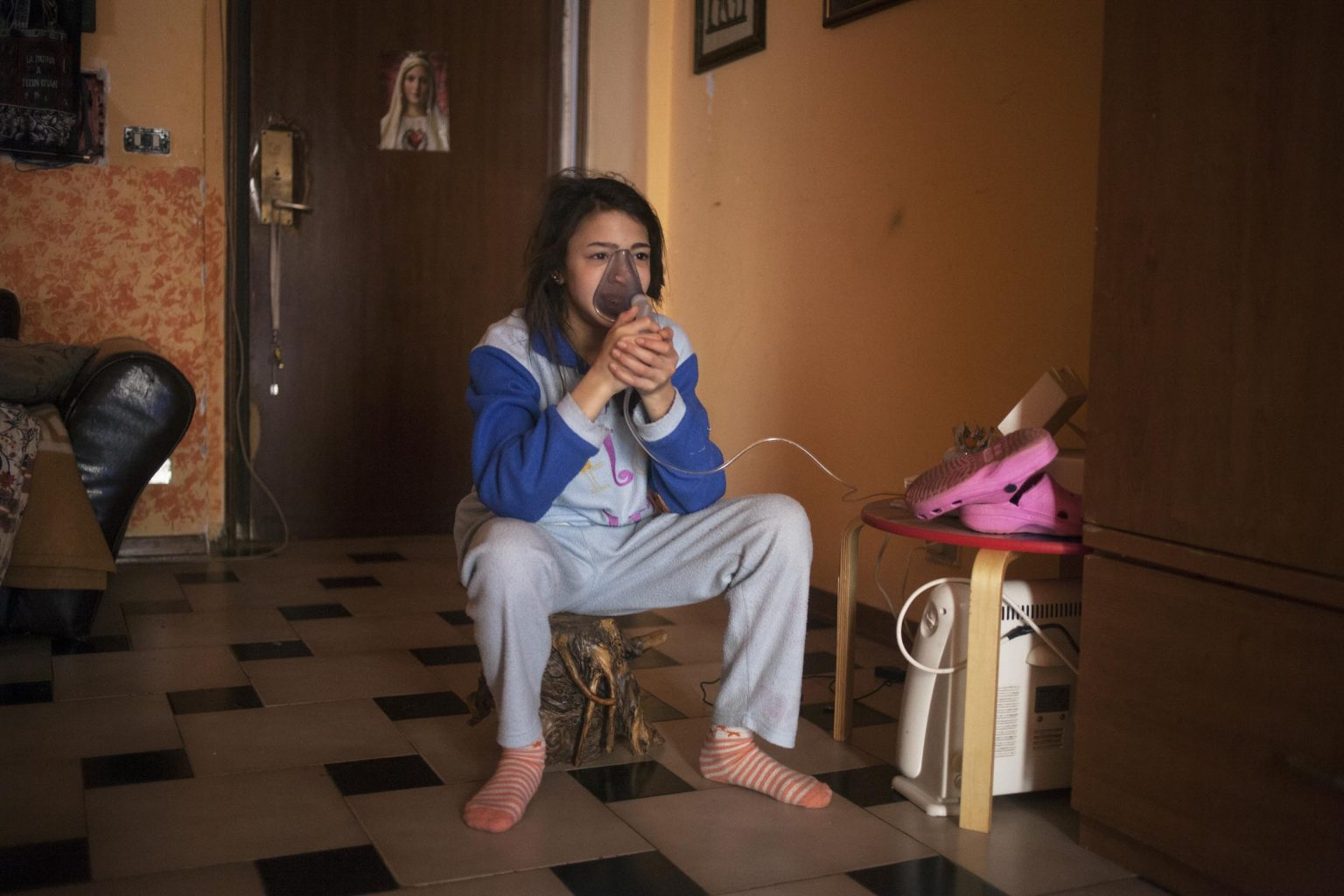 Federica suffers from an allergic form of asthma that is linked to the pollution of the area. Castel Volturno is one of the most polluted cities in Italy, a place where criminal clans have illegally buried large quantities of toxic wastes.