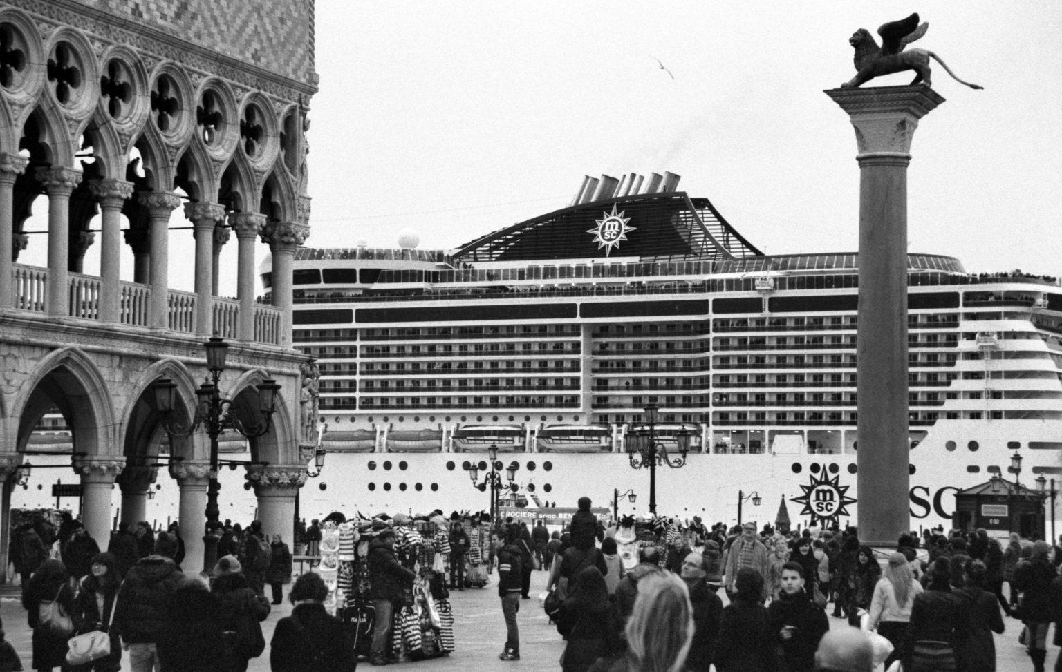 """Venice, April 2013 - Big cruise liners invade the city - MSC Divina cruise ship passing by St Mark's Square ><  Venezia, aprile 2013 - Le grandi navi da crociera invadono la città - La MSC Divina passa davanti a piazza San Marco<p><span style=""""color: #ff0000""""><strong>*** SPECIAL   FEE   APPLIES ***</strong></span></p>*** SPECIAL   FEE   APPLIES *** *** Local Caption *** 00473483"""