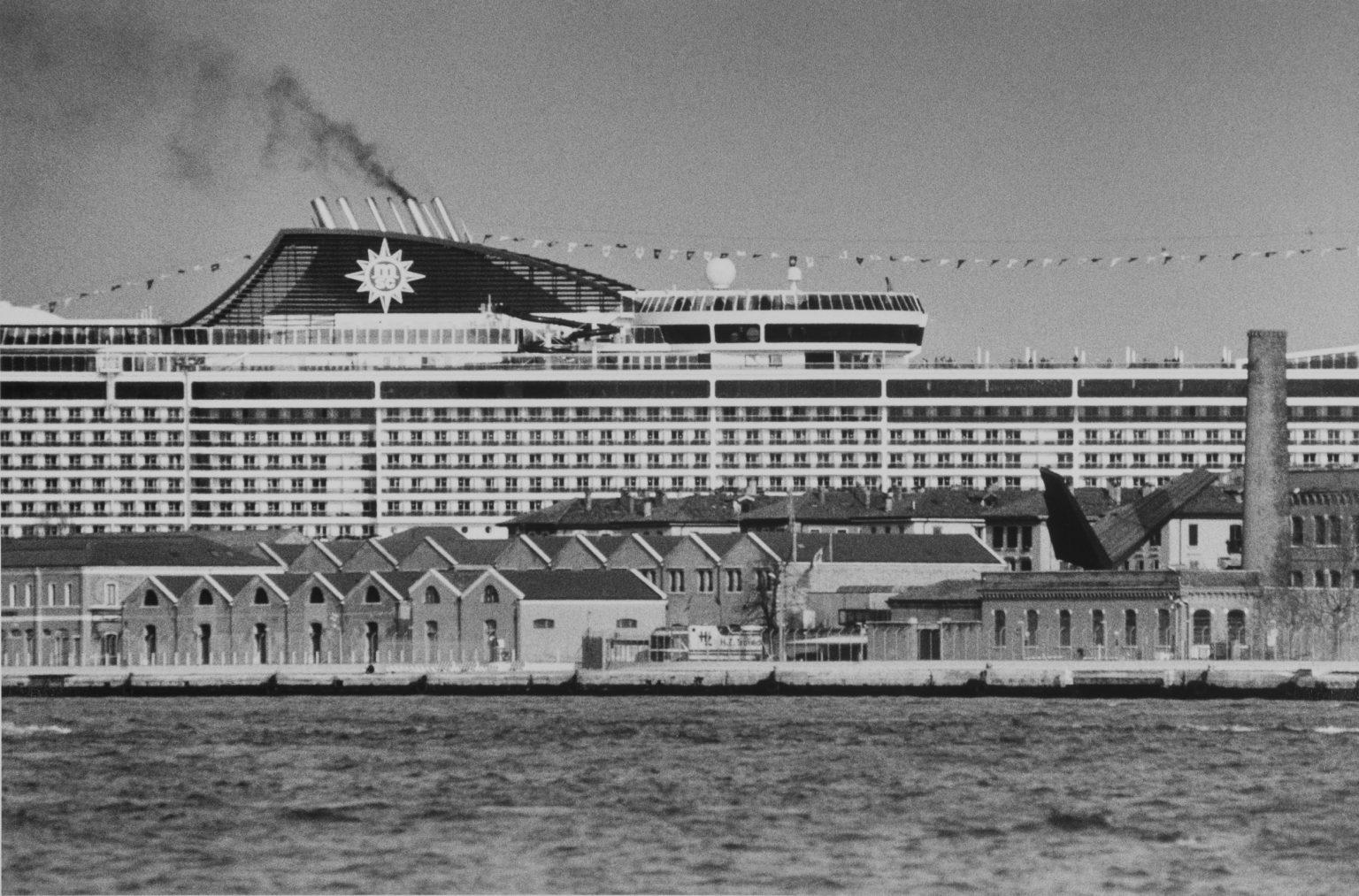 """Venice, August 2013 - Big cruise liners invade the city - Cruise ships passing by the old town ><  Venezia, agosto 2013 - Le grandi navi da crociera invadono la città - Transatlantici passano davanti al centro storico<p><span style=""""color: #ff0000""""><strong>*** SPECIAL   FEE   APPLIES ***</strong></span></p>*** SPECIAL   FEE   APPLIES *** *** Local Caption *** 00551375"""