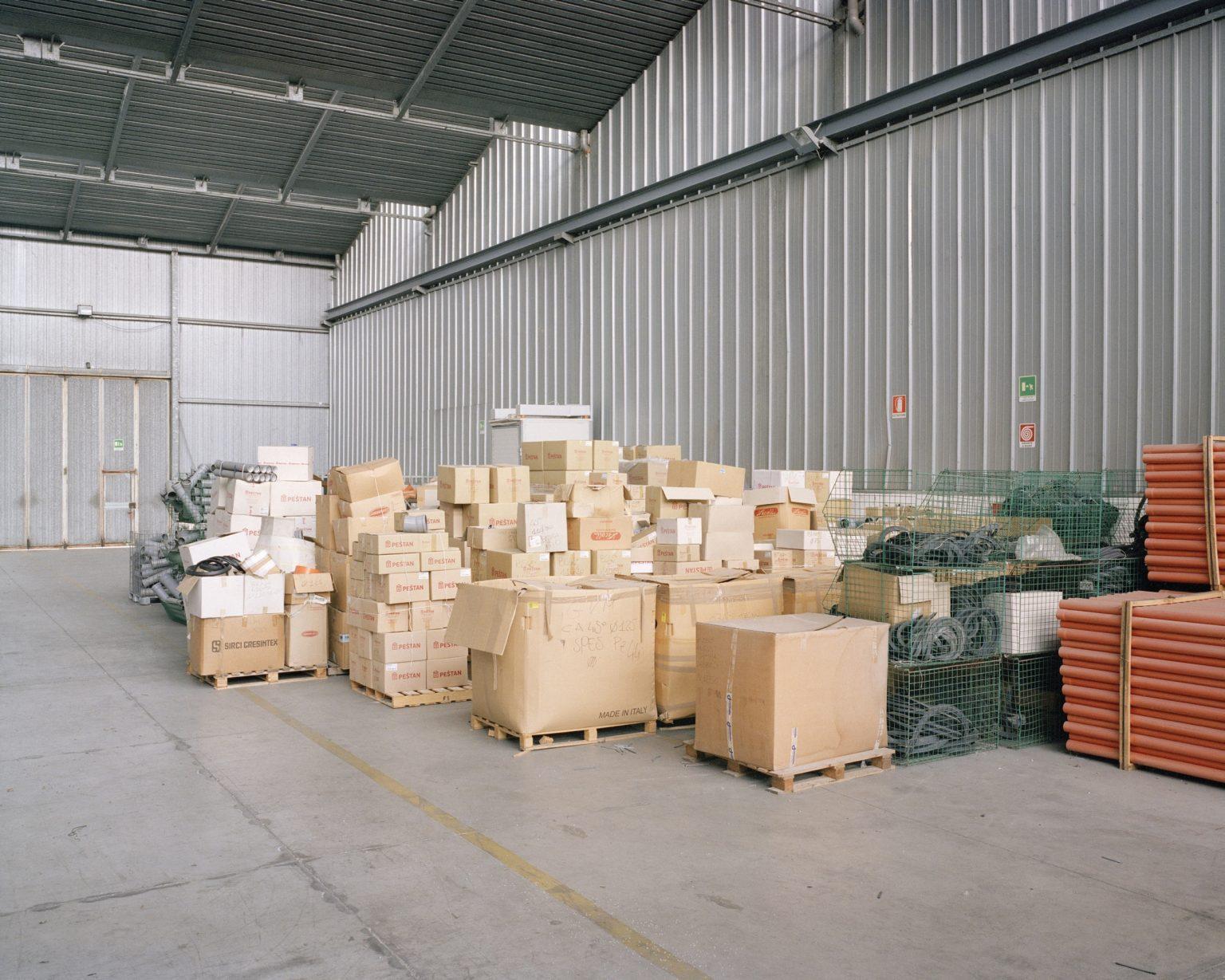 G.V.M, Certaldo (FI), 2015. Auction in III enchantment of property belonging to G.V.M., a company specialized in PVC pipes and profiles in Certaldo. >< G.V.M, Certaldo (FI), 2015. Vendita all'asta in III incanto dei beni appartenenti al fallimento G.V.M., azienda specializzata in tubi e profilati in PVC.