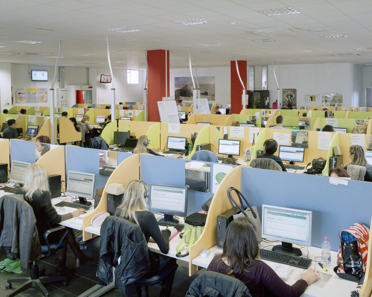 Call&Call, La Spezia, 2015. 600 employees, 80% are women with an average age of 35 years old.  >< Call&Call, La Spezia, 2015. Call center della Call&Call, 600 dipendenti di cui 80% donne con eta` media di 35 anni.