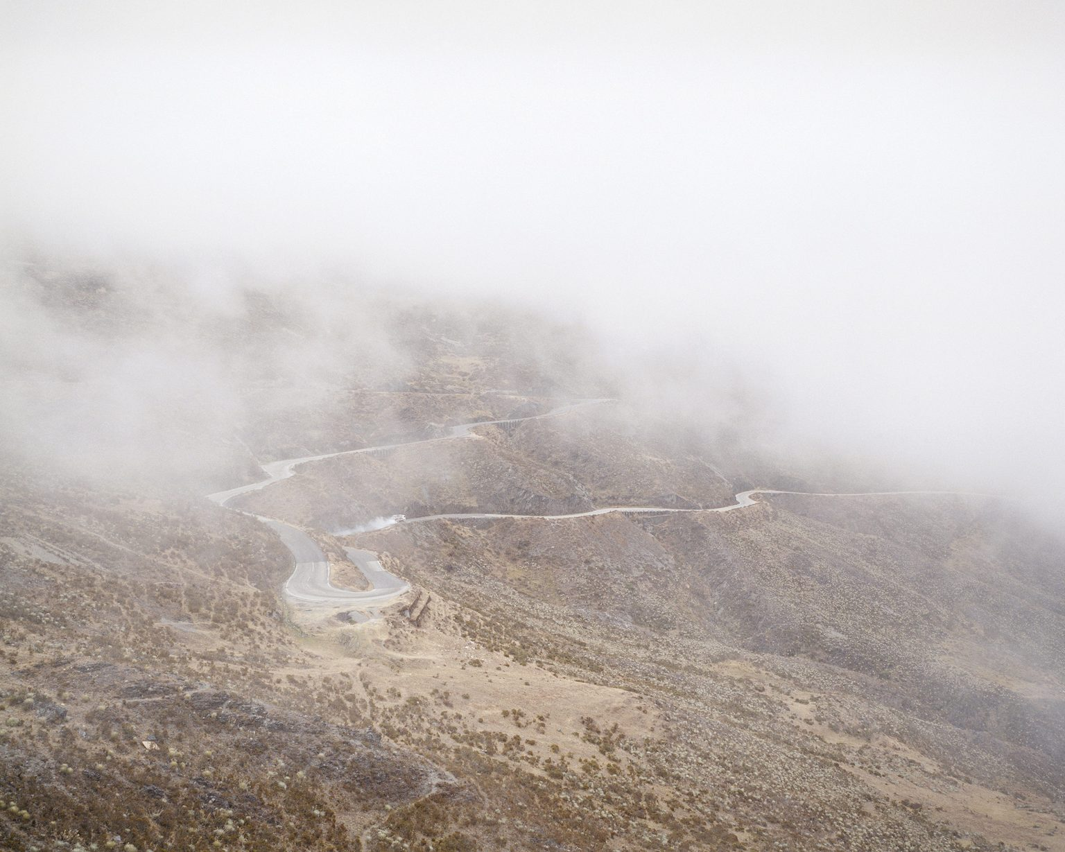 The street that pass trought the Pico de l'aguila, one of the highest montain near Merida.