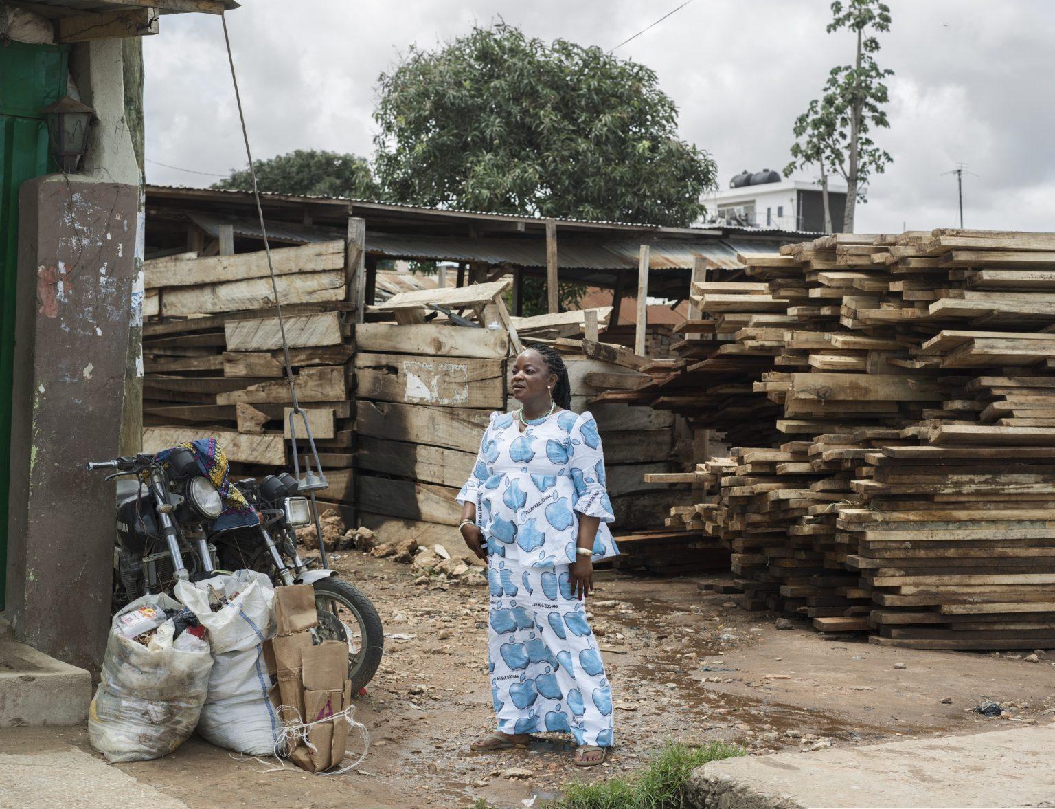 Republic of Ghana, Accra, October 2016: portrait of Mafi in New Town. / Repubblica del Ghana, Accra, Ottobre 2016: ritratto di Mafi a Stone Town.*Stitched photograph*