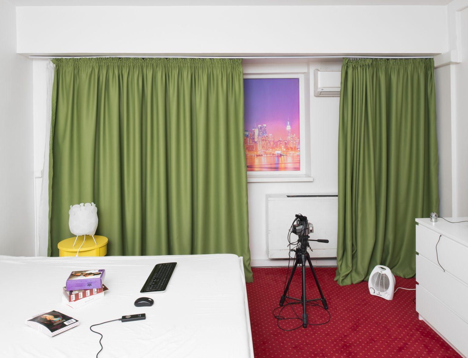 """Romania, Bucharest, March 2016: interior view of a room of """"Studio 20"""". / Romania, Bucarest, Marzo 2016:  veduta interna di una stanza dello """"Studio 20""""."""