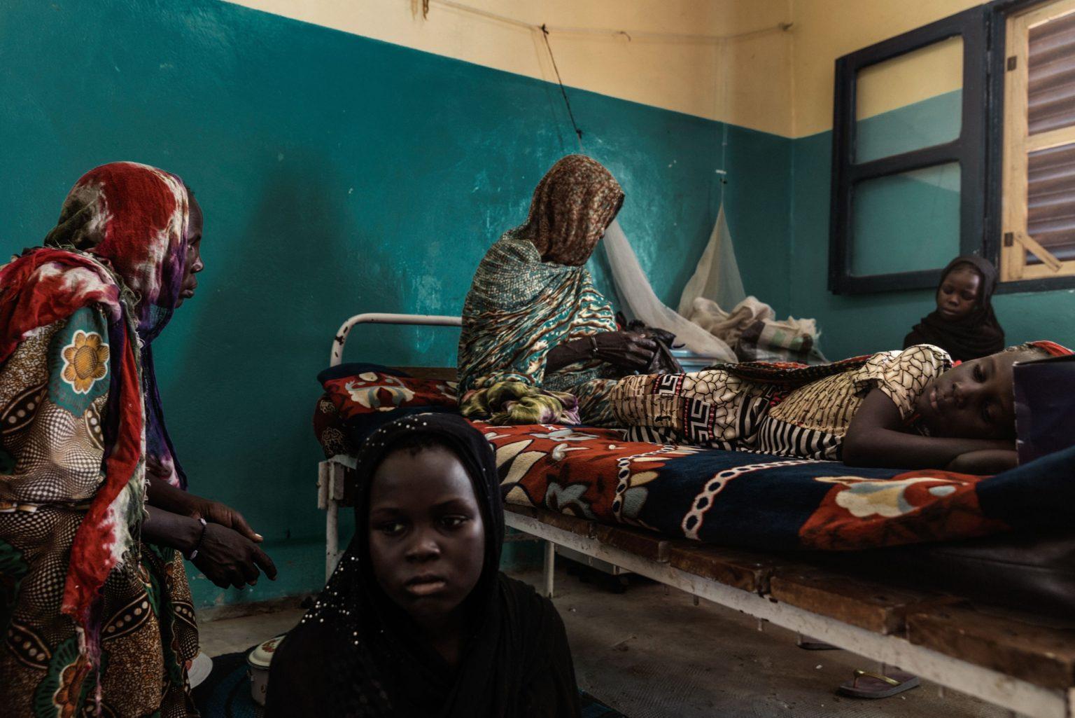 Africa, Chad, Bol, October 2018 - Bol hospital, the only one in the whole of the Lake Chad region. The most common diseases are malnutrition, malaria and AIDS.>< Africa, Ciad, Bol, Ottobre 2018 - Ospedale di Bol, l'unico nella regione del Lago Ciad. Le malattie più comuni sono la malnutrizione, la malaria e l'AIDS.*** SPECIAL   FEE   APPLIES *** *** Local Caption *** 01362918