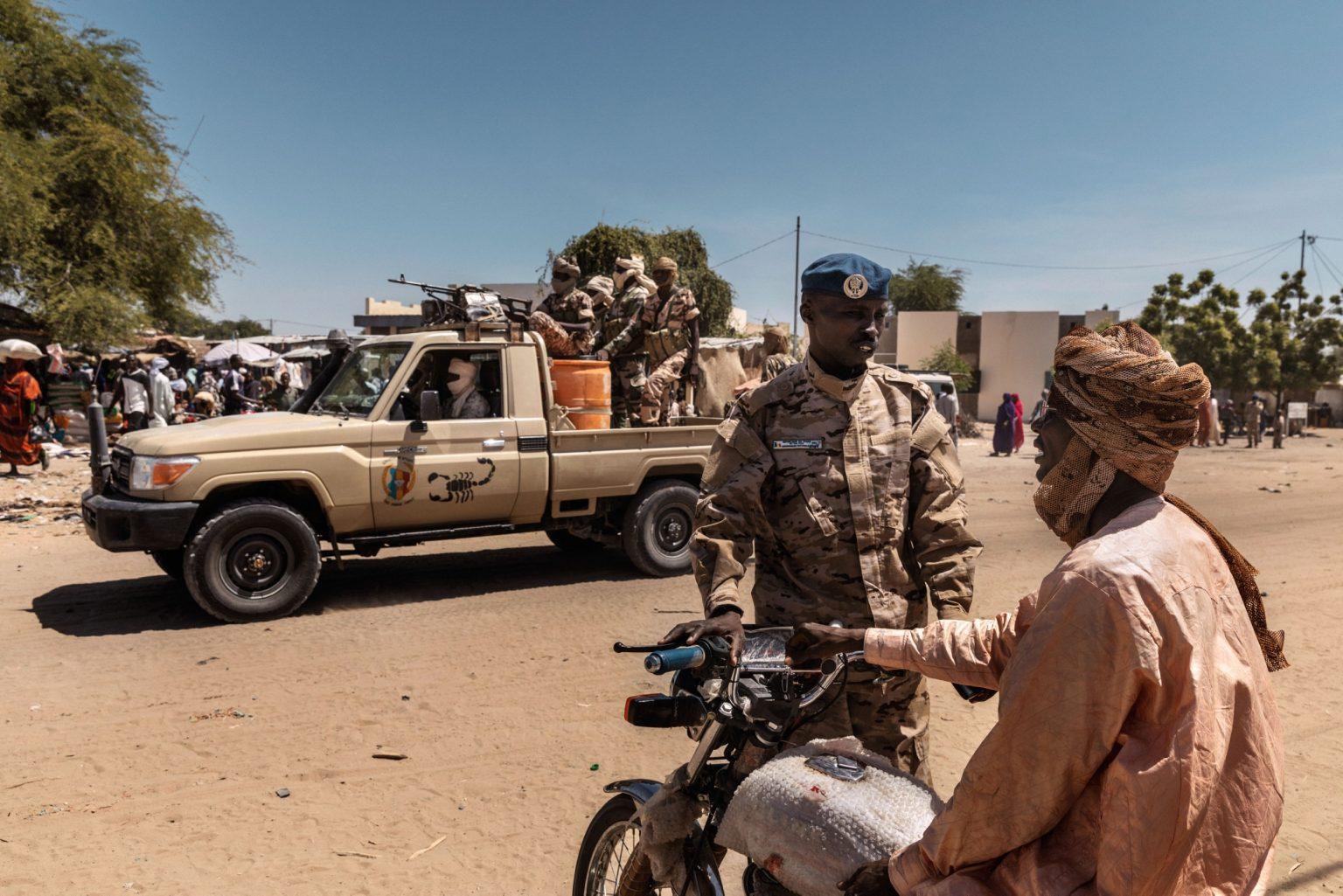 Africa, Chad, Bol, October 2018 - The Chadian army is involved in a number of anti-terrorism missions throughout the Sahel. The ANT is a very active presence in the Lake Chad basin and the islands, where Boko Haram?s men are hiding. >< Africa, Ciad, Bol, Ottobre 2018 - L'armata Chadiana è coinvolta in diverse missioni anti-terrorismo nel Sahel. La ANT è una presenza attiva nel bacino del lago Ciad e nelle isole, dove si nascondono gli uomini di Boko Haram.*** SPECIAL   FEE   APPLIES *** *** Local Caption *** 01362899