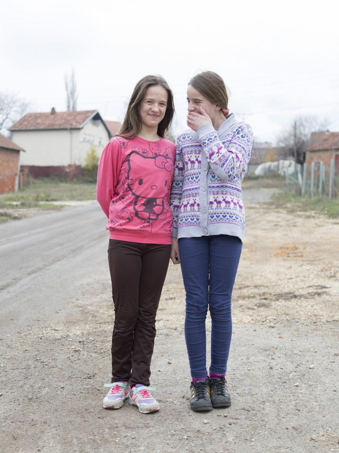 Bardha Januzi, 12, and Yilza Pllana, 10 in the town of Lajthishte/Leskovcic