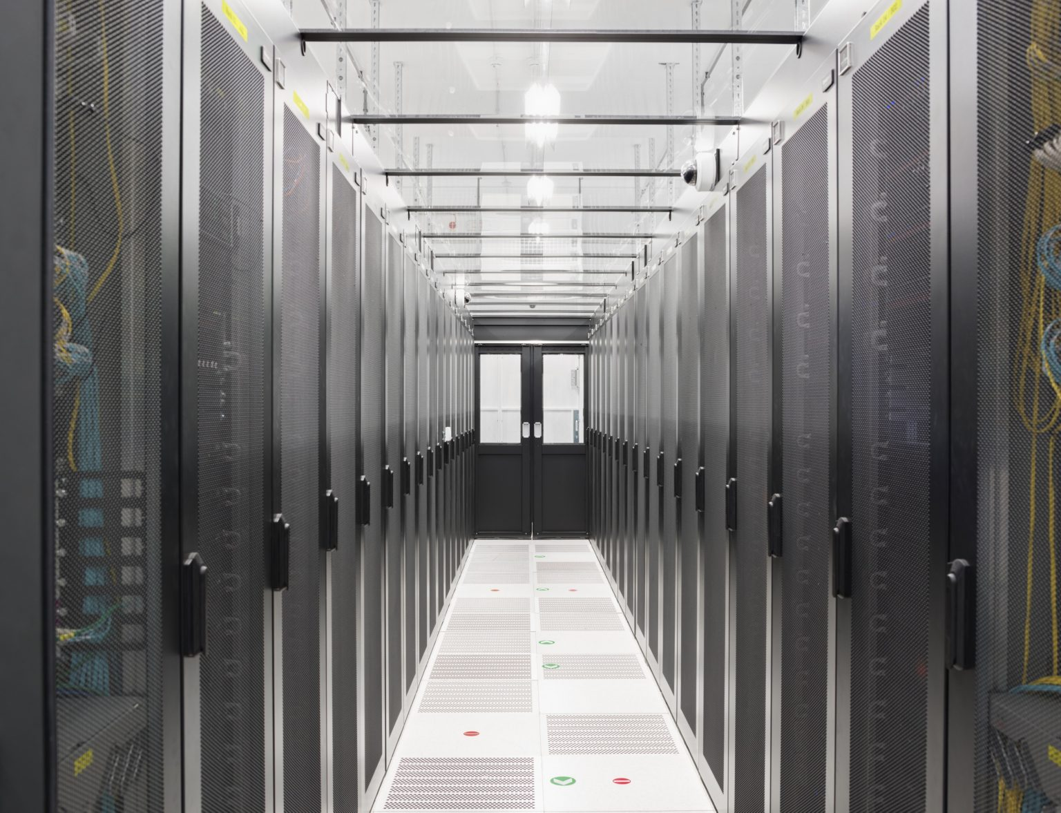 Grand Duchy of Luxembourg, Luxembourg City, July 2016:  an interior view of a data center of Live Jasmine located in the outskirt of the city. Founded in Hungary in 2001 Live Jasmin is currently the largest platform provider in the Video chat industry: with 10.000 models online which can earn up to 50,000 euros per day, the web site - with HQ in Luxembourg and offices in Budapest, Los Angeles Amsterdam and Hong Kong- is ranking globally the number one in the industry for earnings, cam operations and number of visitors (35 millions per day).  / Gran Ducato di Lussemburgo, Lussemburgo, Luglio 2016: una veduta interna di un data center di Live Jasmine ubicato nella periferia della città. Fondato in Ungheria nel 2001, Live Jasmin è attualmente il principale sito dell'industria delle Video Chat erotiche; con 10.000 modelle online al giorno che possono arrivare a guadagnare fino a 50,000 euro al giorno, il sito - con quartier generale a Lussemburgo e uffici a Budapest, Los Angeles, Amsterdam e Hong Kong - è il numero uno al mondo nel settore per guadagni, numero di cam operations e di visitatori (35 milioni al giorno).