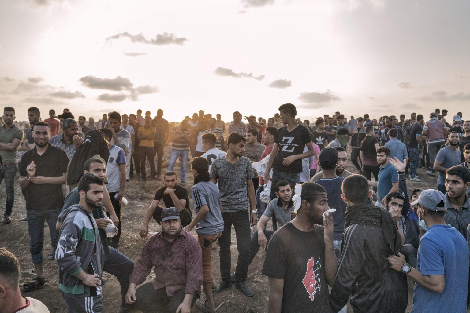 Gaza Strip, May 2018 - Palestinian during the protest along the Gaza-Israel border. >< Striscia di Gaza, maggio 2018 - Palestinesi durante le proteste lungo il confine tra Gaza e Israele.