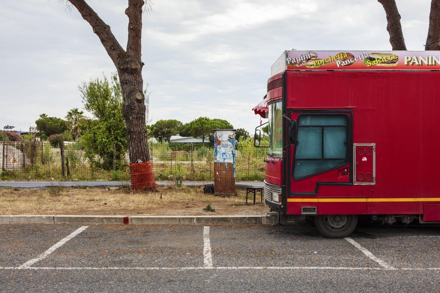 Roma, July 2016 - Via Tuscolana. >< Roma, luglio 2016 - Via Tuscolana.