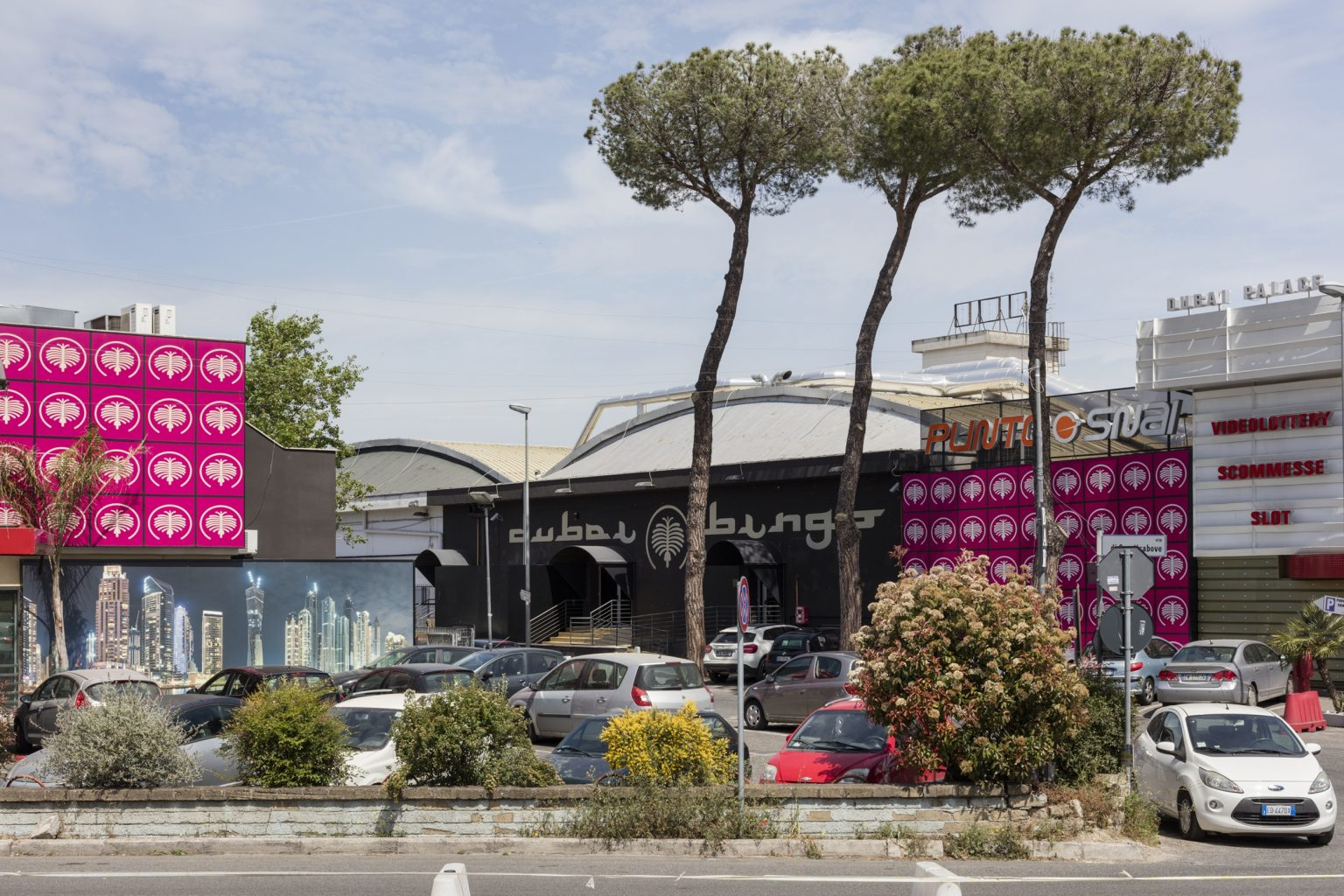 Rome, April 2016 - Via Tiburtina suburb. >< Roma, aprile 2016 - Periferia di Via Tiburtina.