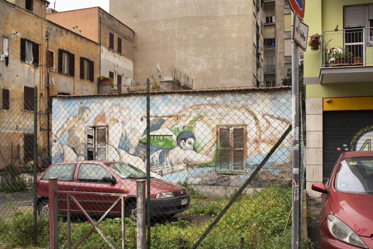 Rome, April 2017 - Via Carlo della Rocca. Torpignattara district. >< Roma, aprile 2017 - Via Carlo della Rocca. Quartiere Torpignattara.