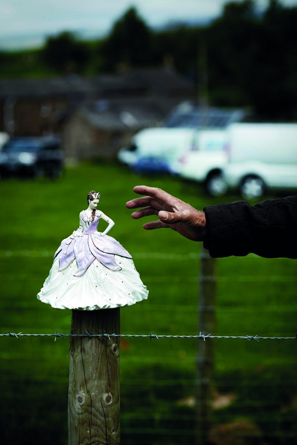 Appleby, United Kingdom, June 2015 - Appleby Horse Fair. Collectible porcelain doll. ><  Appleby, Regno Unito, giugno 2015 - Appleby Horse Fair. Una bambola di porcellana da collezione. *** Local Caption ***
