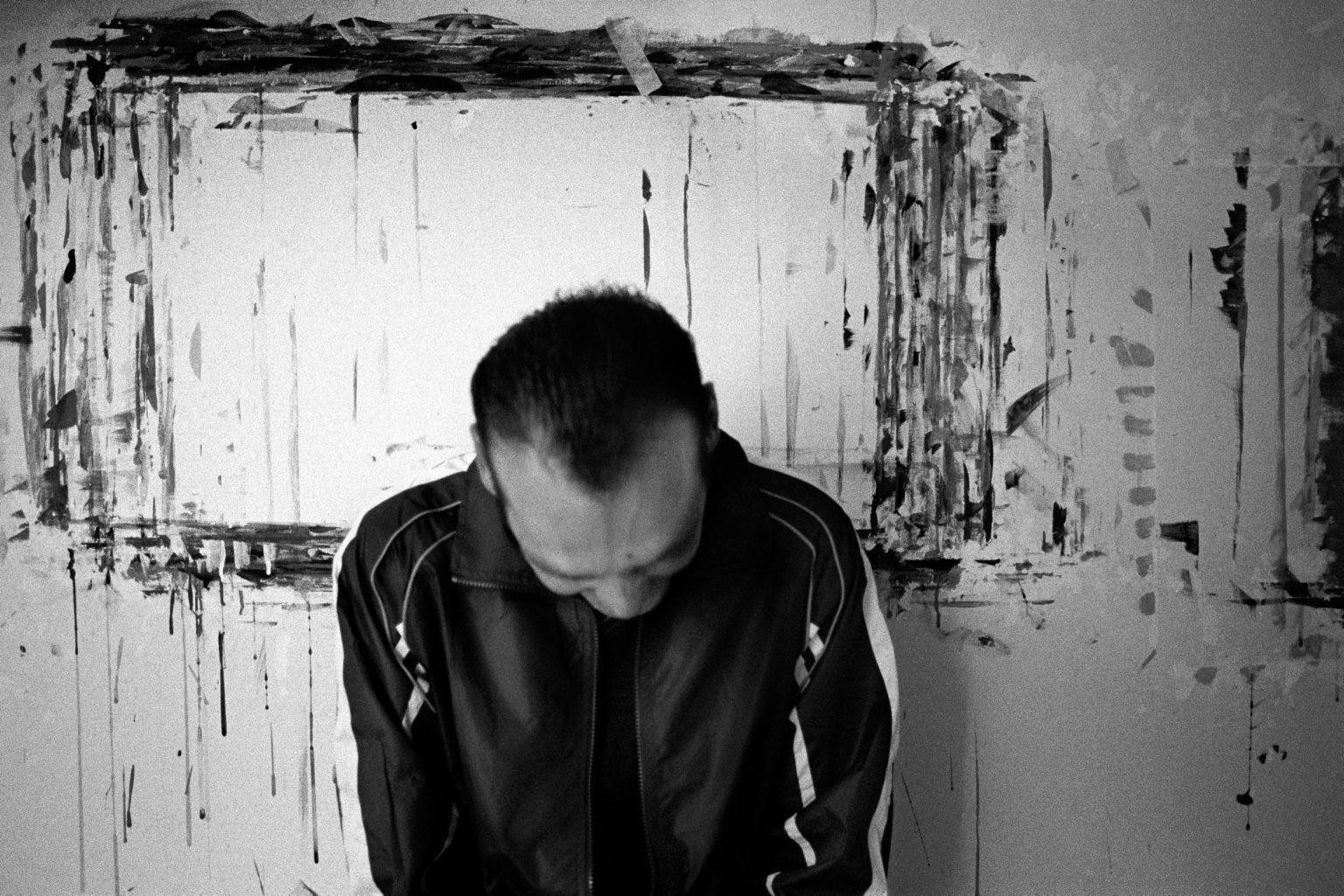"""Aversa ( Caserta ), November 2006 - The Judicial Psychiatric Hospital """"Filippo Saporito"""" -  A inmate in the art activity room"""