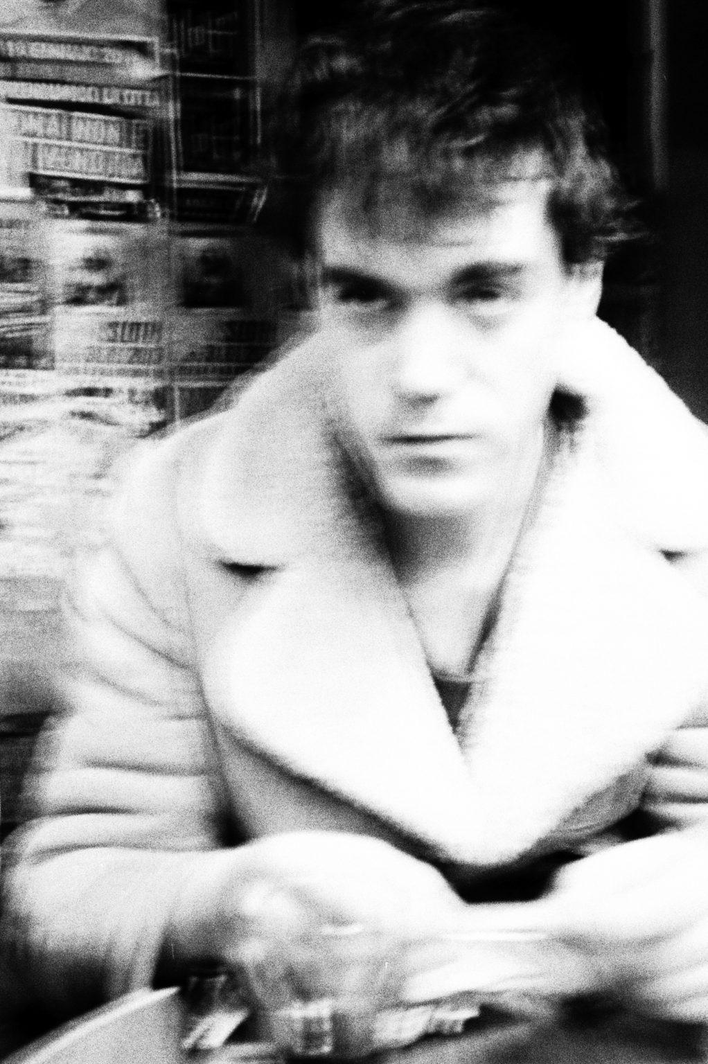 """Rome, 2017- """"Rome Diary"""" ( Rome 2007-2020)  is a long-term research that documents the city of Rome through stories of places and people. An investigation into different worlds, in a society where relationships, loneliness, abuse, love, nightlife, music and artists are explored, and finally the relationship between people and cities.A young man in a Bar. >< Rome, 2017 -Rome Diary Rome (2007-2020) è una ricerca a lungo termine che documenta la città di Roma attraverso storie di luoghi e  di persone. Un'indagine in mondi diversi, in una società in cui si esplorano le relazioni, la solitudine, gli abusi, l'amore, la vita notturna , la musica e gli artisti, ed infine il rapporto tra persone e città. Un giovane in un bar."""